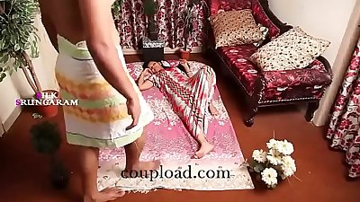 indian beautiful housewife romance with her friend