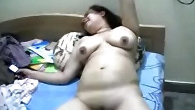 Horny Bhabhi Naked before Fucking